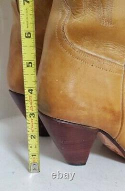 Charlie 1 Horse Lucchese Handcrafted Tan Leather Cowboy Boots Women's size 8B