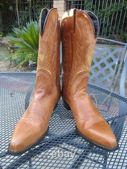 DINGO 7M Womens Cowboy Boots Tan Carmel Brown Leather Heart Pointed Snip Toe NWT