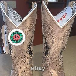 Laredo Womens 9.5 M Tan Spellbound Square Toe Western Boots Cowboy Cowgirl 5661
