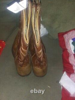 Lucchese Franklin, Tan Burnished HBC Tail Boots, Style N1151 Size 10.5 d