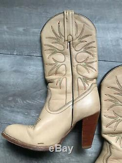 VTG FRYE Cowboy Boots Tan Leather Womens Green Red Stitching USA 4438 Size 7.5 B